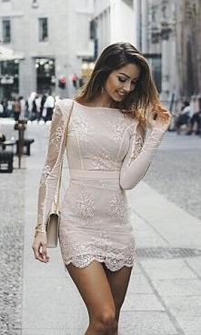 Piękna sukienka, kto z was lubi taki styl ? :)