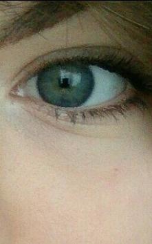 Jaki mam kolor oczu? Z góry dziękuję za odp :)