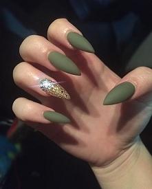 Odwiedź ladnepazurki.pl aby dowiedzieć się jak zrobić takie paznokcie!  Odwie...