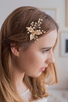 Śliczna ozdoba ślubna do włosów - kokówka ze złotymi listkami. Piękna ozdoba do ślubnego upięcia :) Do kupienia w sklepie internetowym MadameAllure!