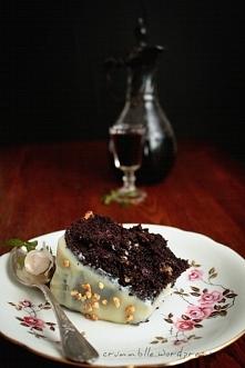 Ciasto potrójnie czekoladowe i nalewka z jeżyn