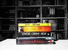 Co nowego do kolekcji... Dwor Cierni i Roz. Czytalam wypozyczona z biblioteki, ale musialam miec wlasny egzemplarz. Zycie szyte na miare - od dawna mnie ciekawila. Juz zaczeta, ...