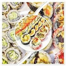 Lubię jeść i robić sushi. Ale chyba bardziej lubię jeść, dlatego z przyjemnością wybrałam się ze znajomymi do restauracji Sushi na Mokotowie – Sushi Rock w samym Mordorze ;)