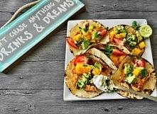 Tacos z kurczakiem i salsą ...