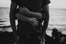 Przytul mnie i tak już zost...
