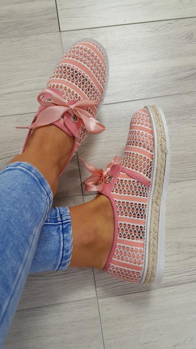 Sneakersy pudrowe dostępne:) na #lifestyle Zszywka.pl
