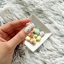 3 sposoby na marmurkowe paznokcie  u mnie na blogu! Więcej po kliknięciu w zszywkę :) Zapraszam!