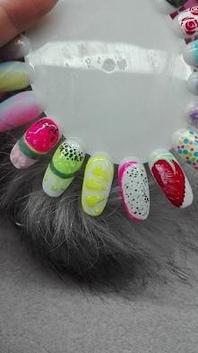 nails fruit