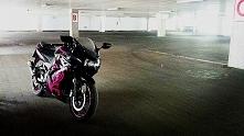 pomocy!!! motocyklisci,  w tym oto motocyklu peklo mi szkielko do sprawdzania...