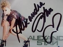 sprzedam fotkę z autografem Alexandry Stan