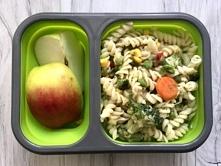 Wegetarianski makaron z warzywami - lunchbox