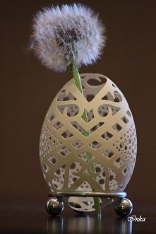 Pisanka ażurowa wykonana z naturalnej wydmuszki gęsiej