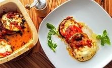 Zapieczona cukinia z bakłażanem i serem mozzarellą  Potrzebujesz (2 porcje): ...