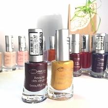 Lakiery Couleur Caramel: ✔️NIE niszczą płytki paznokcia   ✔️NIE odpryskują. ✔...