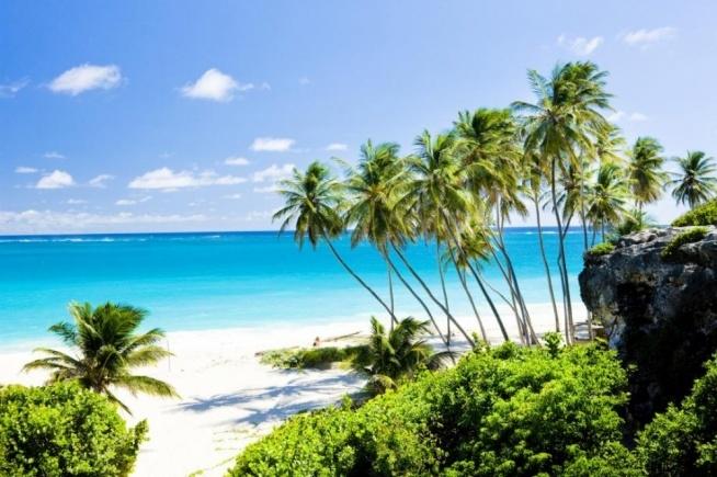 Barbados, o tym miejscu pewnie każdy słyszał. :) Z owego miejsca pochodzi zjawiskowo piękna Rihanna :)