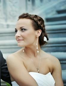 fryzurka ślubna