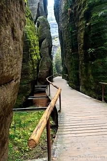 Szybki wypad do Czech - miasto skalne. Wycieczka do Adršpach podążając piękny...