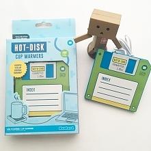 Podgrzewacz do kubka zasilany z USB Retro dyskietka HOT DISK MUSTARD