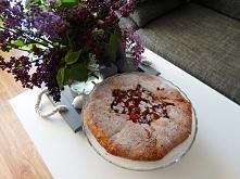 Rustykalna tarta z rabarbar...