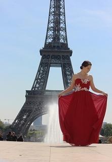 Cudna suknia i to tło... *.*