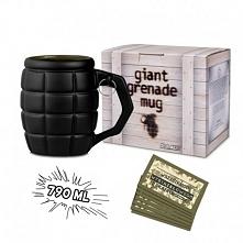 Czarny kubek w kształcie granatu z zawieszkami na różne okazje. Gigantyczny Kubek Tablica - idealny prezent dla mamy,taty, siostry, brata babci, dziadka, żony. męża, chłopaka, d...