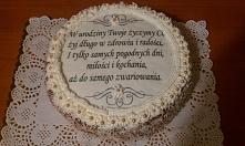 Tort urodzinowy z życzeniam...