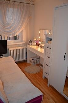 Mój pokój :) Wpadnijcie na bloga pokazuje trochę więcej :)