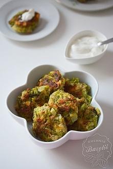 Placuszki z brokułami, szyn...