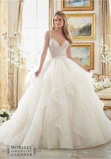 Portal Weselnapolska/blog Najpiękniejsze suknie ślubne, inspiracje i pomysły.