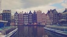Amsterdam - polecam :) przy okazji pracy w Holandii postanowiłam zwiedzić trochę świata ;D