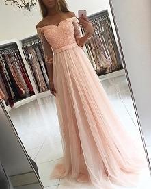 ...oszałamiająca suknia ;)