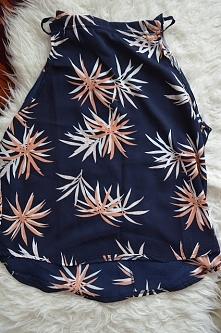 Śliczna bluzeczka, idealna na lato:) Więcej zakupów na blogu.