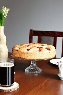 Ciasto które zawsze się udaje. Biszkoptowe z sezonowymi owocami. Leciutkie, wilgotne i puszyste. Pyszne! Kliknij w zdjęcie po przepis.