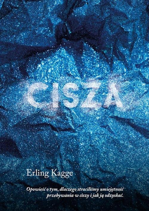 """""""Cisza"""" to dopiero pierwsza książka Erlinga Kagge wydana w Polsce, mimo że dorobek norweskiego autora zawiera publikacje z zakresu podróży, filozofii i sztuki, a sama jego postać jest niezwykle inspirująca. Kagge to współczesny człowiek renesansu. Na co dzień pracuje jako wydawca w założonym przez siebie przedsiębiorstwie w Oslo, a z zamiłowania jest kolekcjonerem sztuki i myślicielem. Jednak zasłynął ze względu na swą pasję podróżniczą. W tej pięknie wydanej nakładem Wydawnictwa MUZA książce znajdziemy okruchy jego niebezpiecznych wypraw podane na tle głębokiej, egzystencjalnej refleksji."""