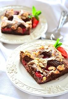 Ciasto z truskawkami - bezglutenowe i fit