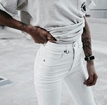 Białe spodnie w super cenach – sprawdź, gdzie kupisz!  LINK W KOM!