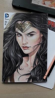 Kolejny portret Wonder Woman- tym razem w wersji komiksowej ;) Rysunki/portre...