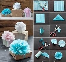 Ozdoby do pakowania prezentów w kształcie kwiatów.