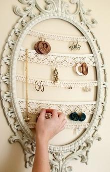 Miejsce na biżuterię wykona...