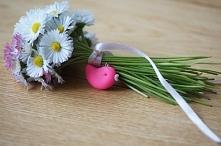 Wiosna na dobre zagościła w naszej pracowni :) zawieszka-słowik w różowej ods...