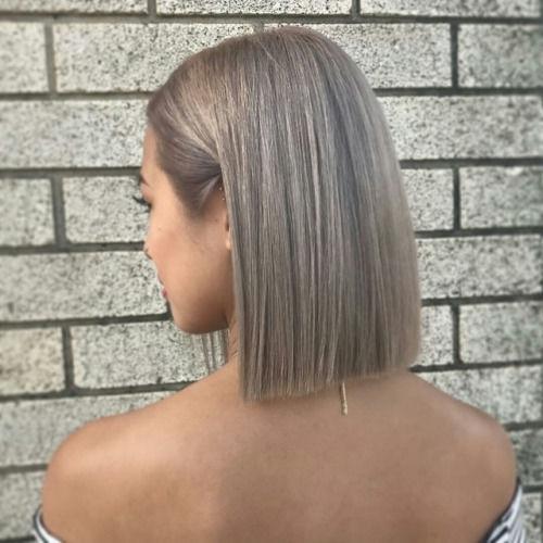 Odważylibyście się na taki kolor ? Cudownie wygląda na tym zdjęciu i ta fryzura <3