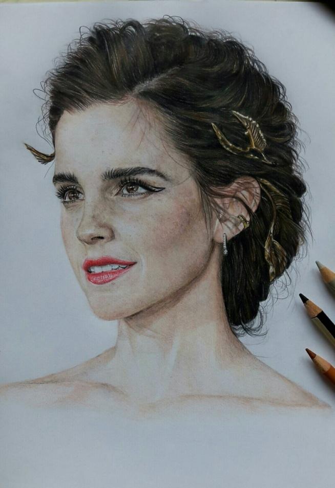Wreszcie skończone- moja ukochana aktorka Emma Watson ❤ tym razem ten portret leci do Anglii ;)  Rysunki/portrety na zamówienie: karolinaburakowskaa@gmail.com