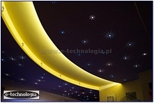 Na zaprezentowanych zdjęciach efekt gwiezdnego nieba w domu tworzy zestaw Kryształowe Gwiazdy firmy E-Technologia.  Tel: 668 487 285
