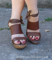 Wiązane sandałki Diy