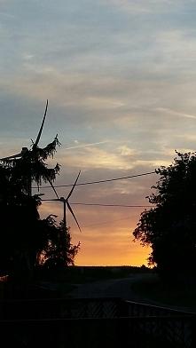 Kiedy jest smutno,to kocha się zachody słońca