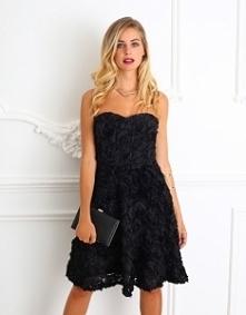 Sukienka z różami 3D  Ideal...