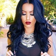 Granatowe włosy <3