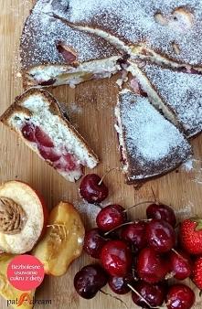 Ciasto z owocami. Bez glutenu i bez cukru