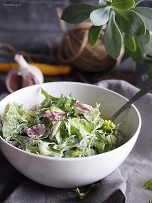 Szybka sałata z dressingiem śmietanowym / Simple salad with creamy dressing