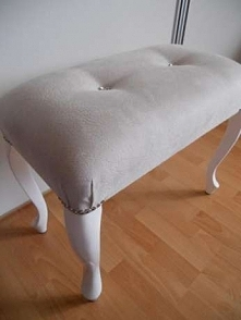 Sprzedam lub wykonam ławeczkę do toaletki idealna do każdego wnętrza.